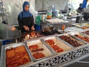 Frisch gegrilltes Fleisch in Brunei