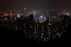 Hong Kong Skyline von oben bei Nacht