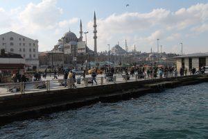 Am Hafen von Istanbul