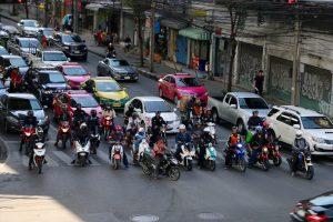 Viel Verkehr in Bangkok