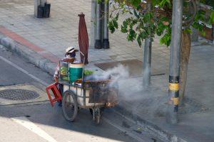 Street Food Verkäufer in Bangkok