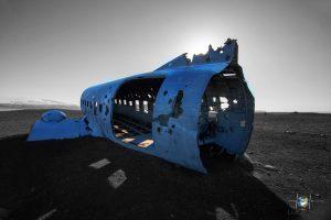 Ausgehöhlte Rumpf vom Flugzeugwrack