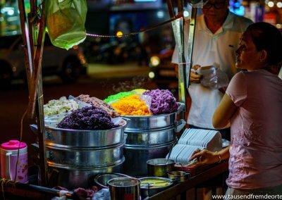 Reis in verschiedenen Farben.