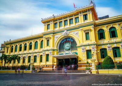 Das Hauptpostamt in Saigon ist auch noch heute eine ganz normale Post.