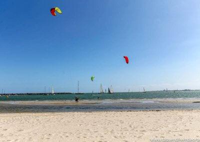 Kitesurfer in St.Kilda Melbourne