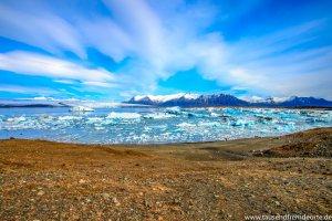 Blauer Himmer an der Lagune Jökulsarlon