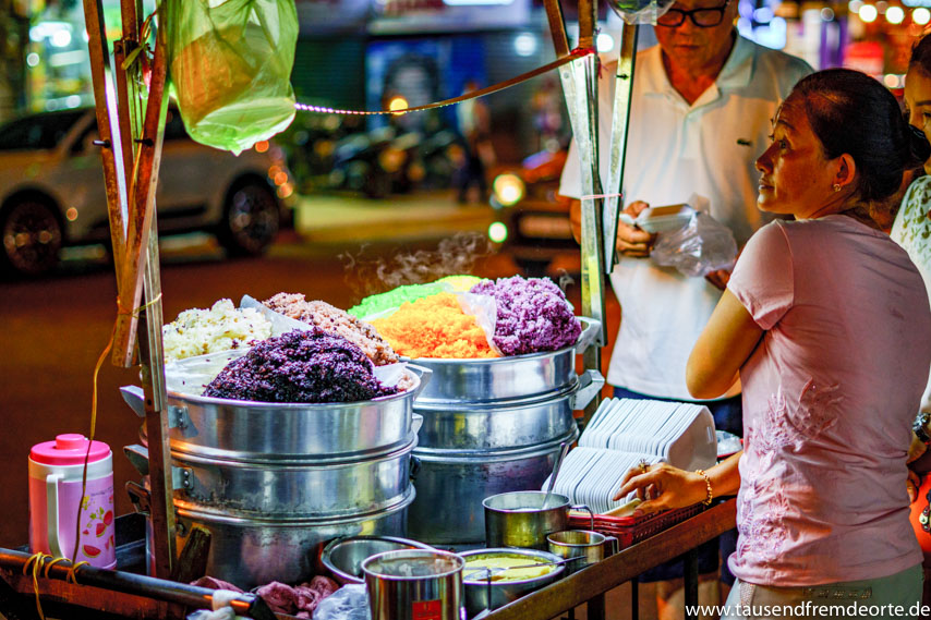 Streetfood Essen in Saigon